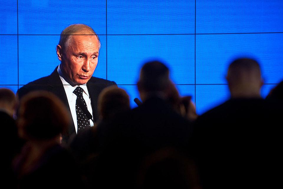 Прошлый глава администрации президента Сергей Иванов «выпал» изближайшего круга В.Путина