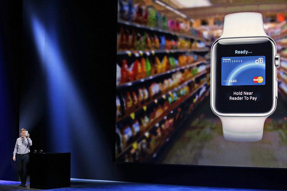 Вбанке «Тинькофф» запустили Apple Pay для карт Visa