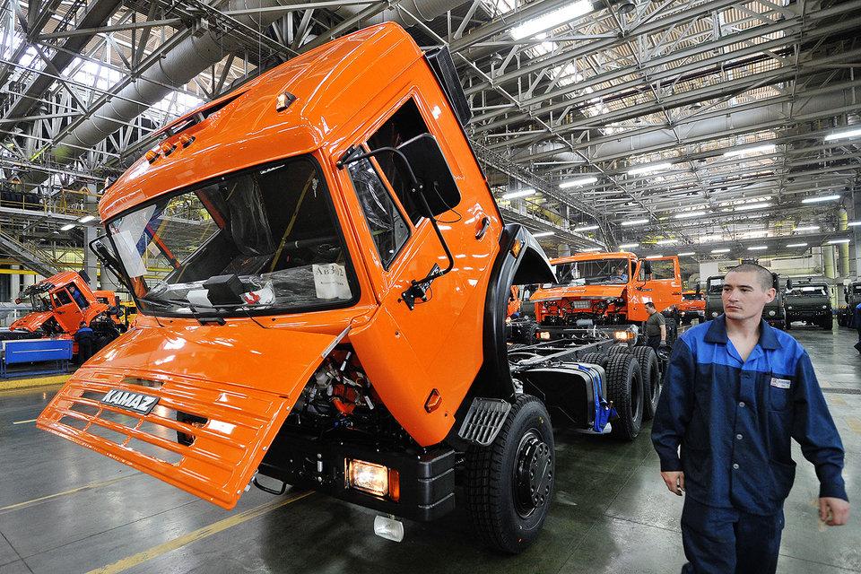 «Камаз» отгрузит на Кубу около 1700 грузовиков