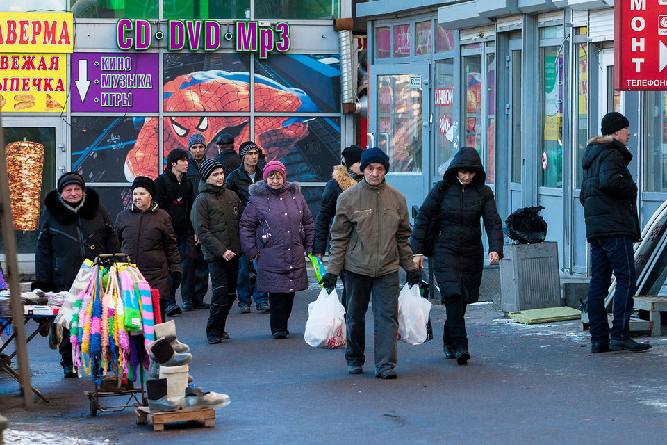 Станции метро обеспечивают поток покупателей и клиентов