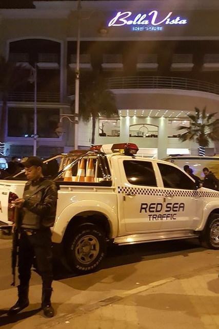 В Хургаде несколько боевиков напали на отель Bella Vista Resort