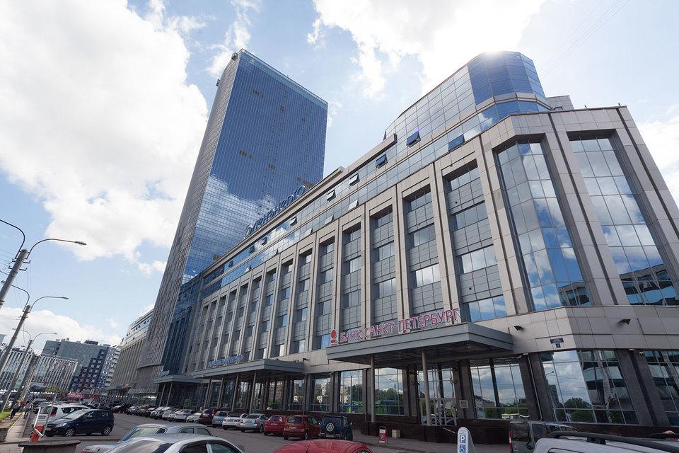 В самом высоком бизнес-центре города еще остались свободные площади