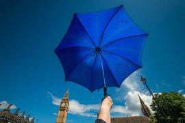 Решение выйти из Евросоюза отнимет у роста британской экономики 2,4 процентного пункта в ближайшие пять лет