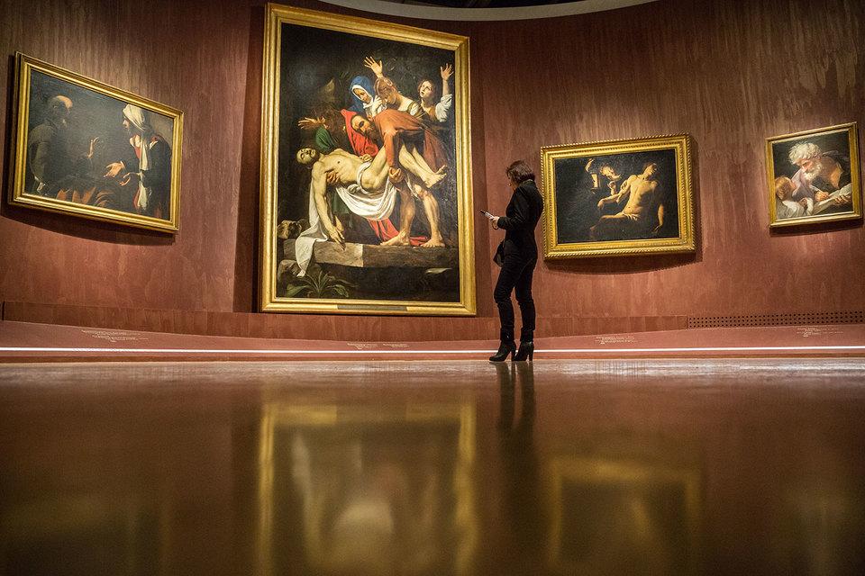 «Положение во гроб» Караваджо – смысловой центр выставки