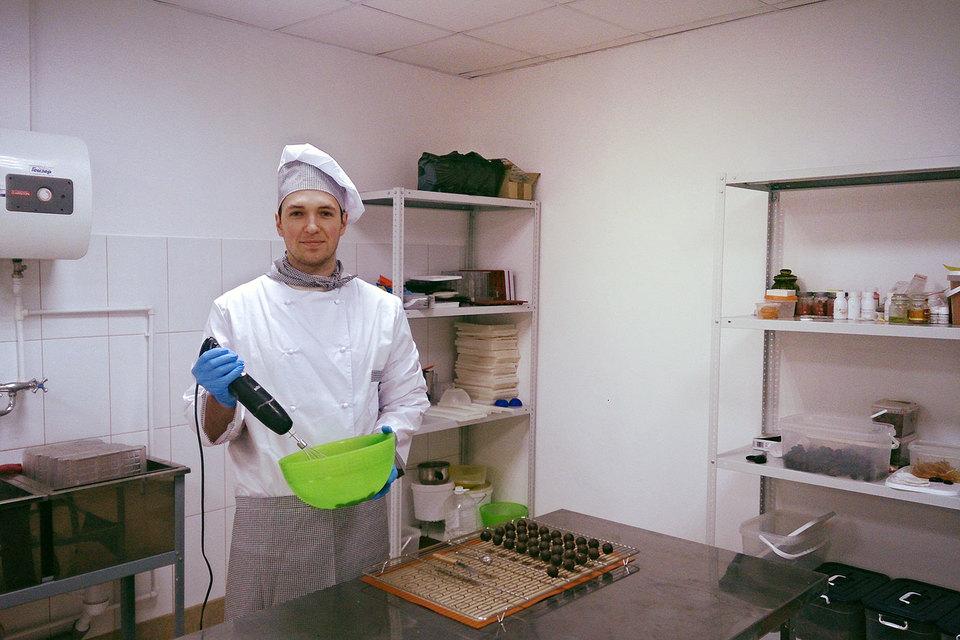 Алексей Грачев сам придумал рецепты плиточного шоколада и трюфелей