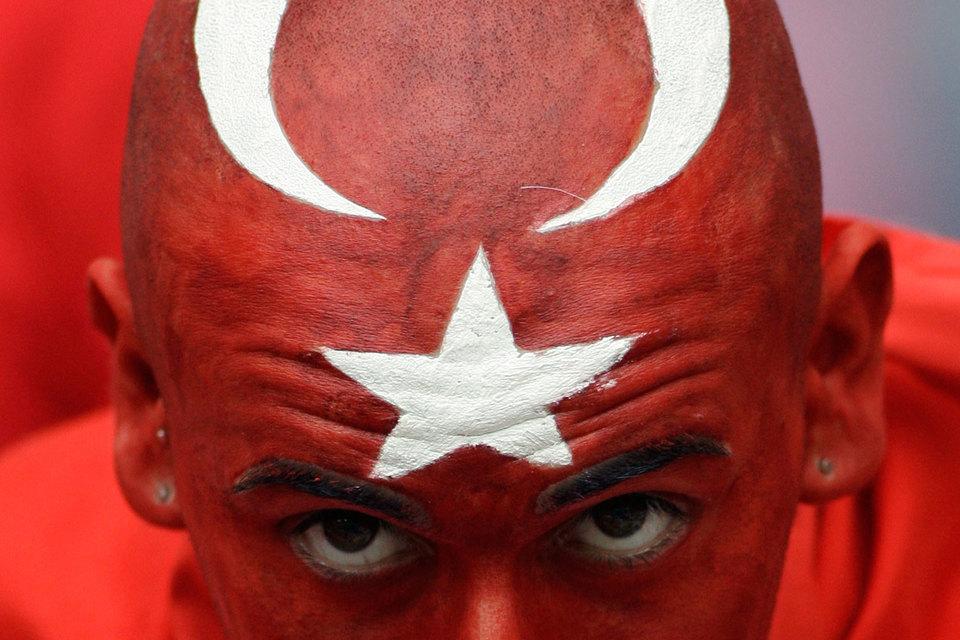 Европарламент подавляющим большинством проголосовал за замораживание процесса вступления Турции в Евросоюз