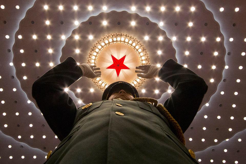 Китай ограничит зарубежные поглощения местных компаний