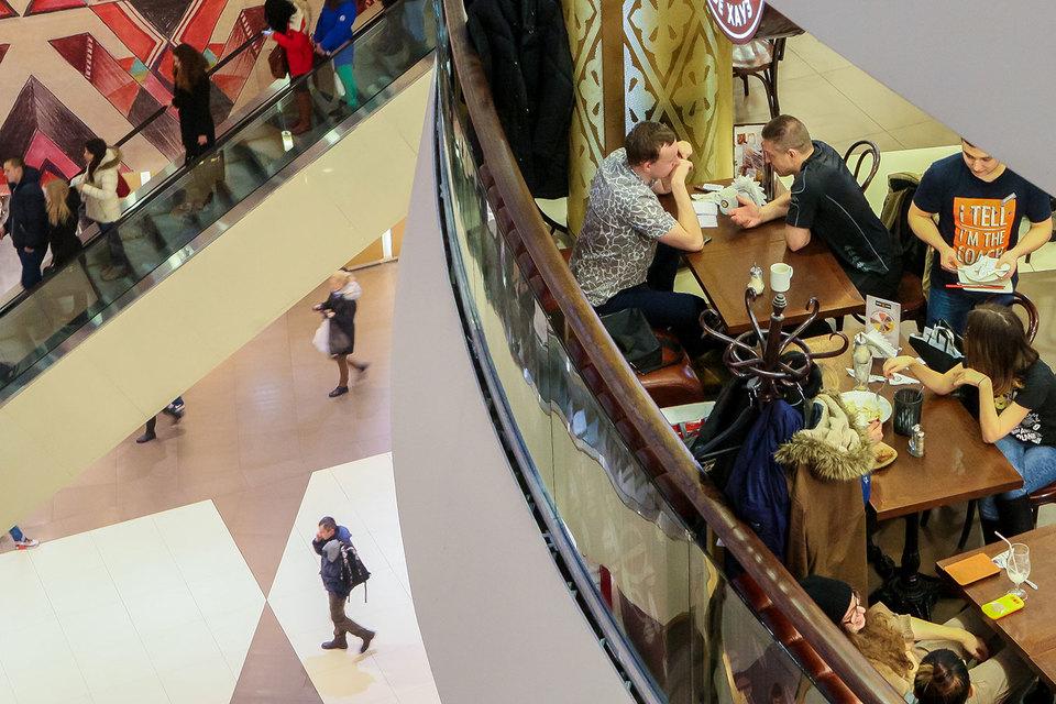 В торговых центрах Петербурга и Москвы лидируют российские ресторанные бренды