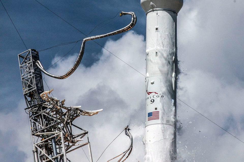 SpaceX ищет путь в космос