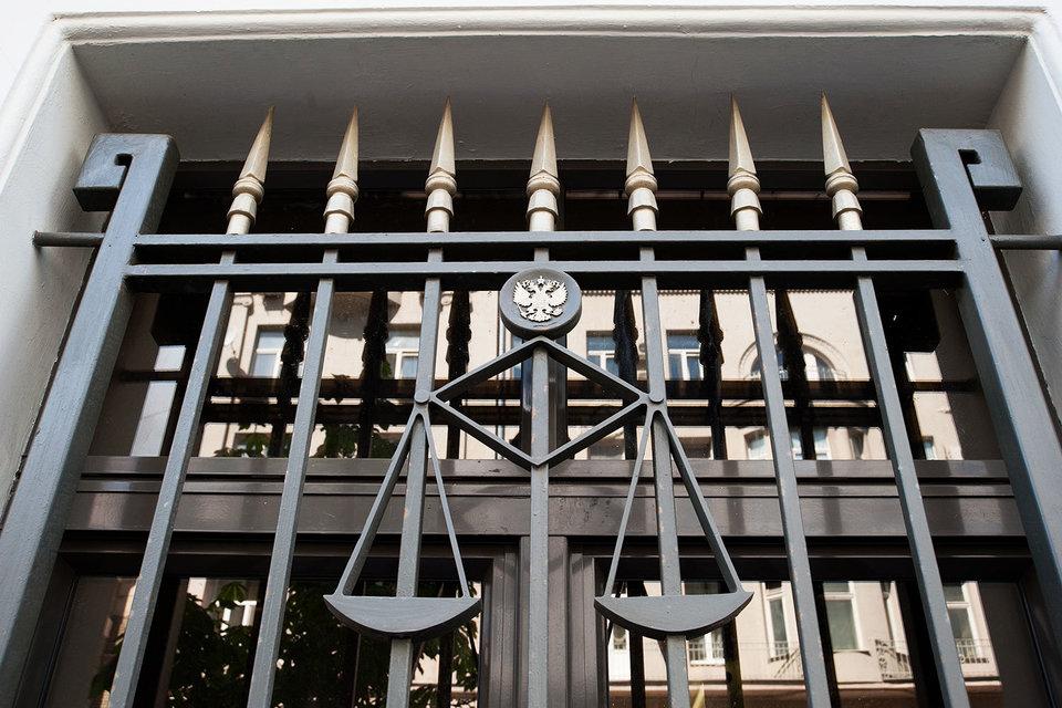 Государство предпочитает, чтобы сделки заключались по российским законам