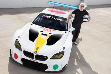 Американский художник Джон Балдессари расписал гоночный BMW M6 GTLM для коллекции арт-каров немецкой марки