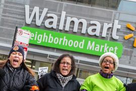 Walmart воюет  с профсоюзом в сетях