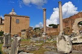 Большую интригу представляет будущее итальянских банков и их планы по рекапитализации