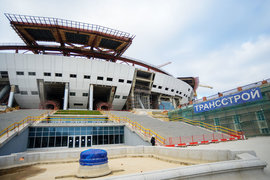 После смены подрядчика стадион оказался в центре судебных разбирательств