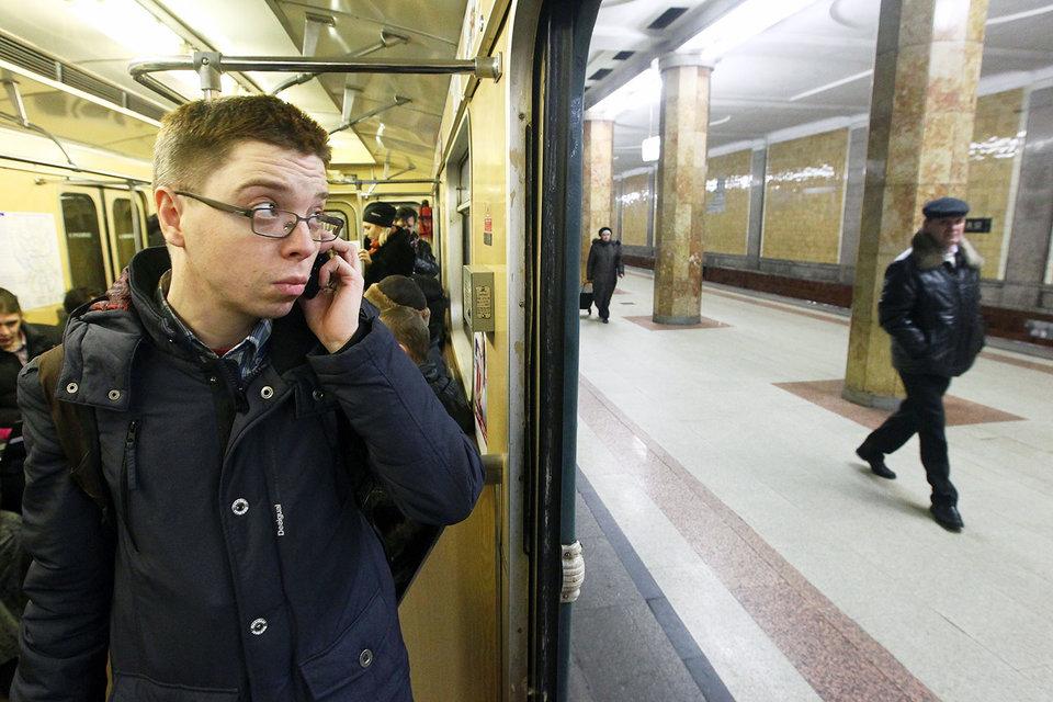 Роспотребнадзор: жителей столицы неоставят без мобильной связи вметро