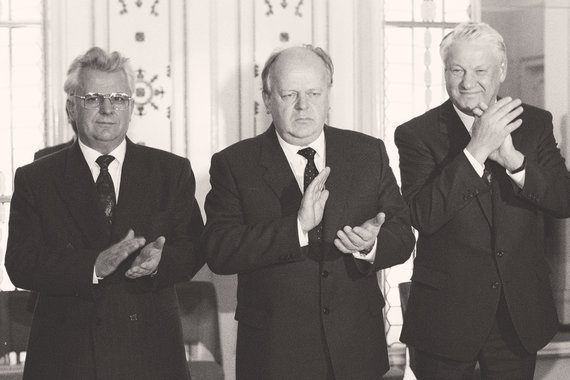 Крах СССР и кризис старых версий