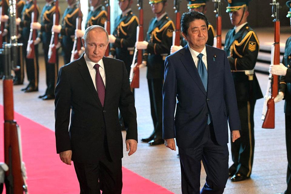 Россия и Япония будут улучшать политику через экономику