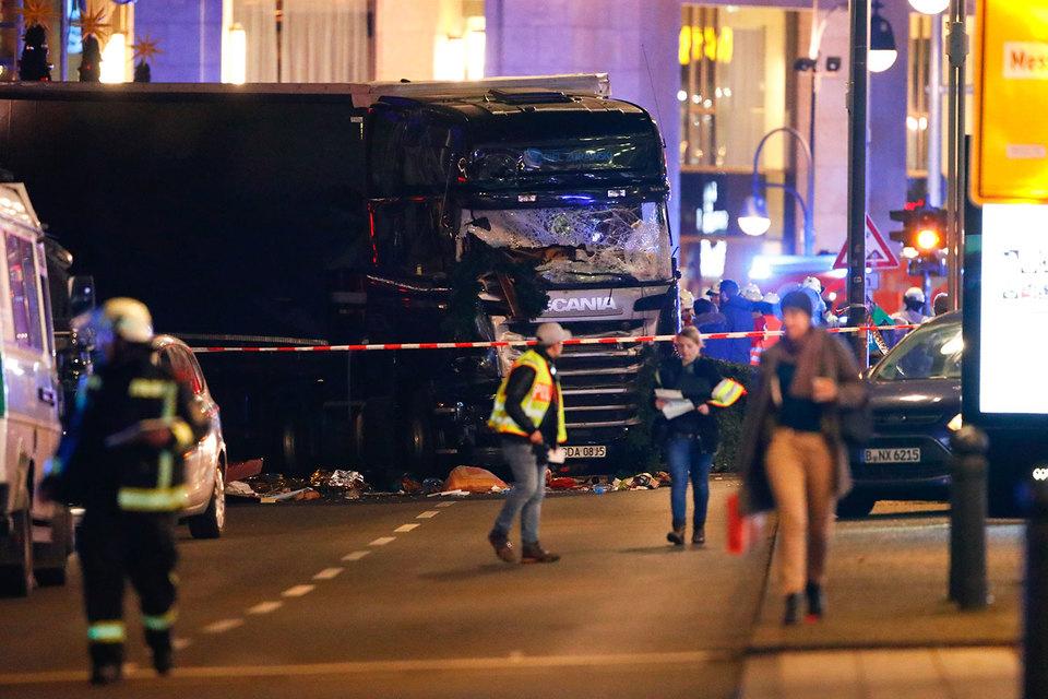 Почему фургон въехал втолпу вБерлине ибылли это теракт?
