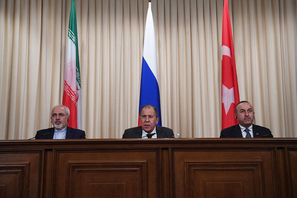 Россия, Турция и Иран готовы стать гарантами мира в Сирии