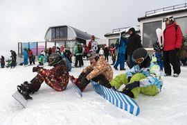 Красную Поляну за 14 дней каникул посетило более 392 000 отдыхающих (с учетом однодневных посетителей и экскурсантов) – на 6% больше, чем годом ранее