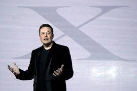 В этом году компания Илона Маска Tesla может нанять тысячи работников