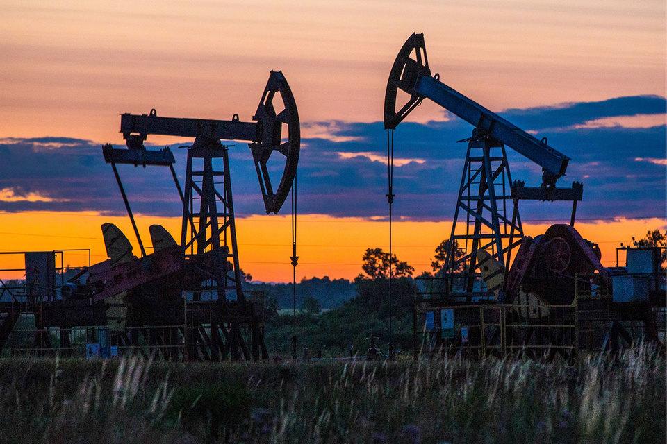 Нефтяники оставили за собой возможность снизить добычу и экспорт нефти