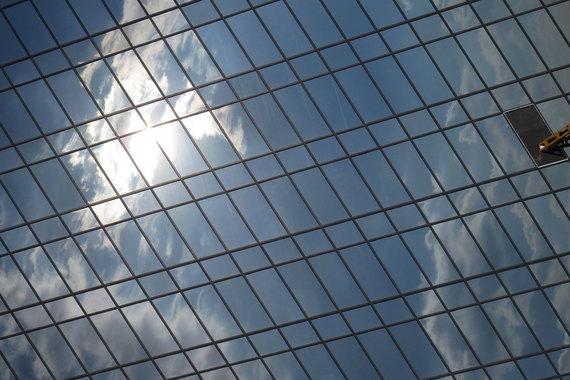 Astera специализировалась на услугах по оценке, консалтингу, брокерских и юридических услугах в сфере недвижимости, следует из презентации на сайте компании