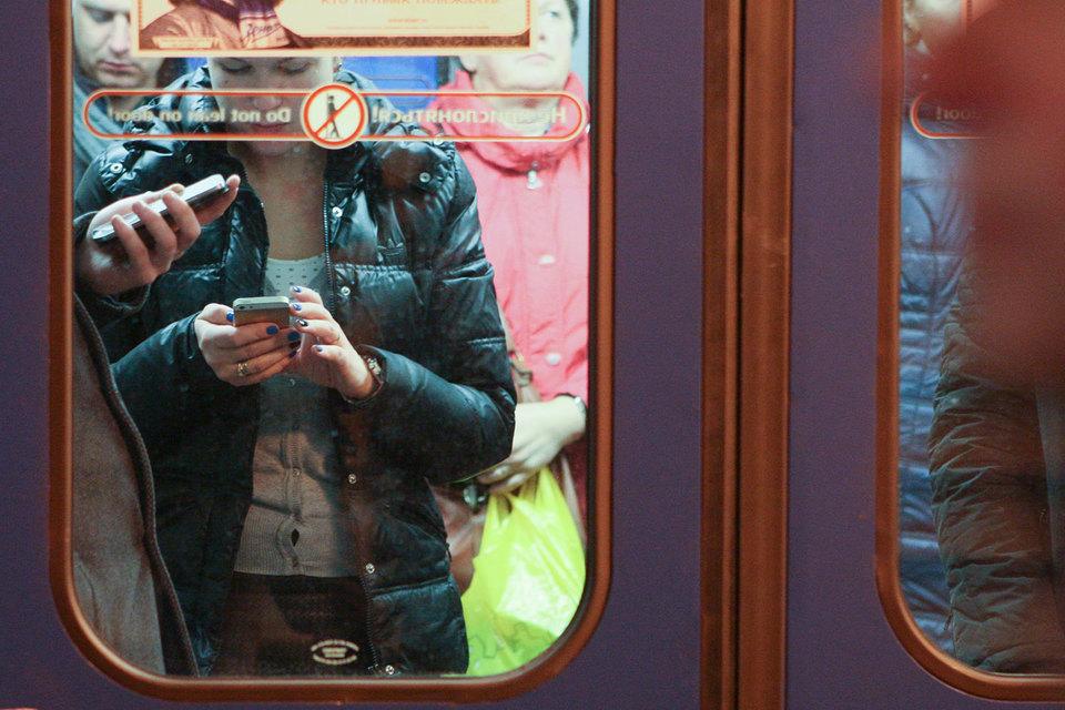 Мобильные устройства как средство для просмотра видео набирают популярность в основном за счет коротких видеороликов и молодежной аудитории