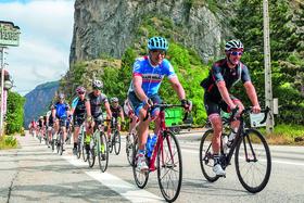 Участники одного из туров Gourmet Cycling Travel