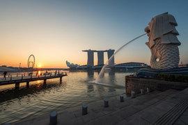 Количество туристов и доходы от туризма в Сингапуре в 2016 г. достигли исторического максимума