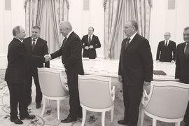 В завершение ротационной кампании президент встретился со всеми ушедшими губернаторами и скопом их поблагодарил