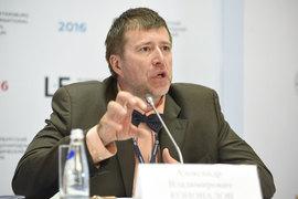 Министр юстиции Александр Коновалов считает неадекватной реакцию общественности на поправки, разрешившие применение силы к заключенным