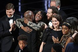 Триумф политкорректности на церемонии был подпорчен путаницей с «Лучшим фильмом»
