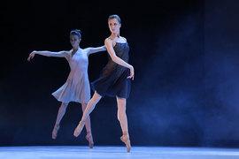 W.Oda – одноактный балет на музыку Филипа Гласса