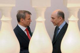 Президент Сбербанка Герман Греф (слева) и министр финансов Антон Силуанов нашли, во что вложить свои деньги