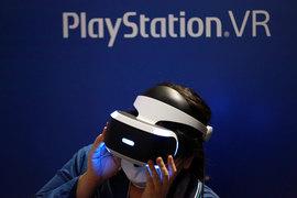 За четыре месяца Sony продала меньше 1 млн очков виртуальной реальности PlayStation VR. Такие продажи вряд ли заинтересуют независимых разработчиков софта