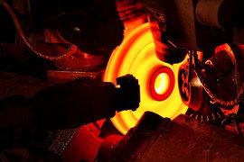 Evraz - одна из самых закредитованных компаний среди российских металлургов