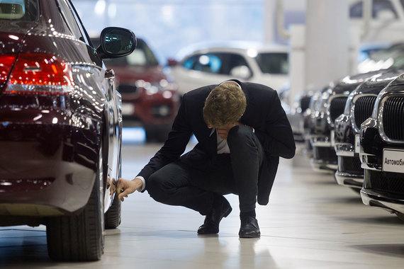 Роста продаж новых автомобилей в России ждать не стоит, считает британский автодилер Inchcape