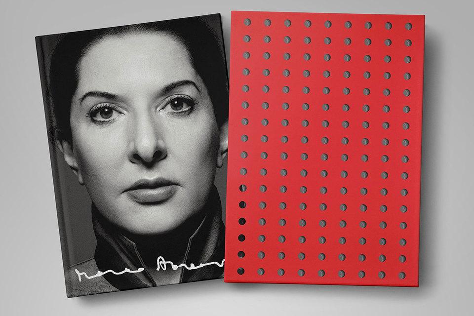 Коллекционное издание книги Марины Абрамович «Идти сквозь стены»