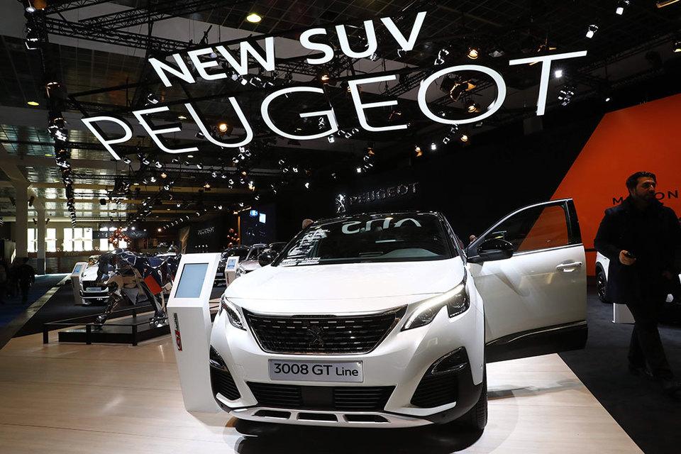 Peugeot 3008 занял первое место, получив 319 баллов жюри