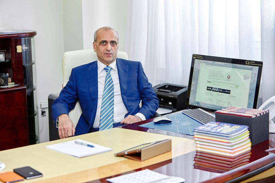 Юсуфов готов купить или построить НПЗ в России