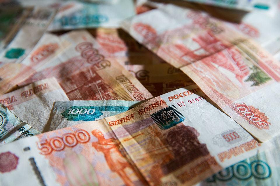 Согласно данным опроса, для большинства россиян наличные остаются преимущественным способом оплаты