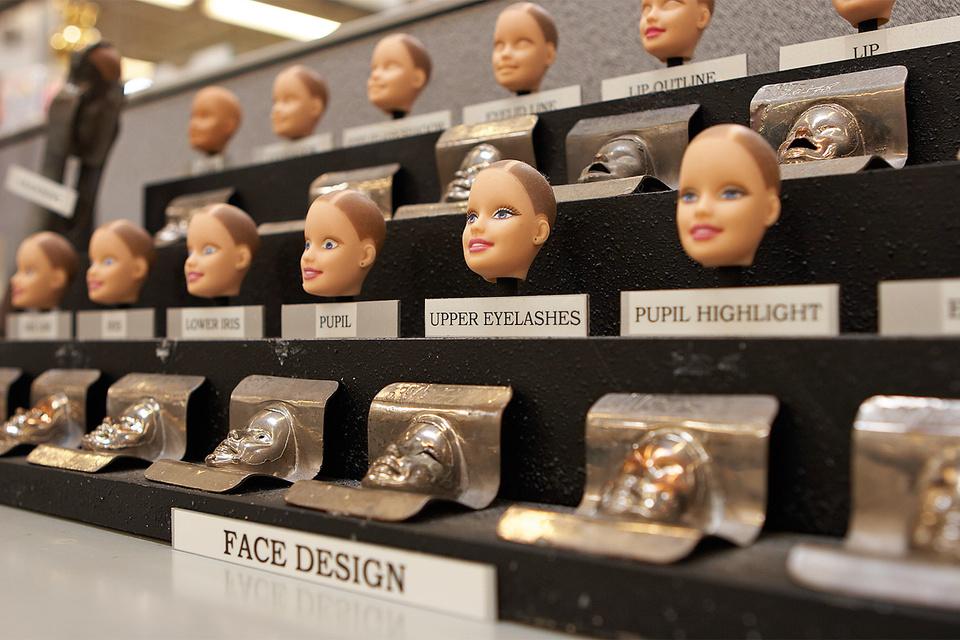 Процесс создания Barbie: так выглядят заготовки для будущей куклы