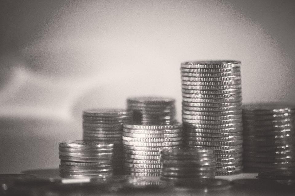В чистом виде фискальная девальвация за последние 10 лет нигде не была реализована