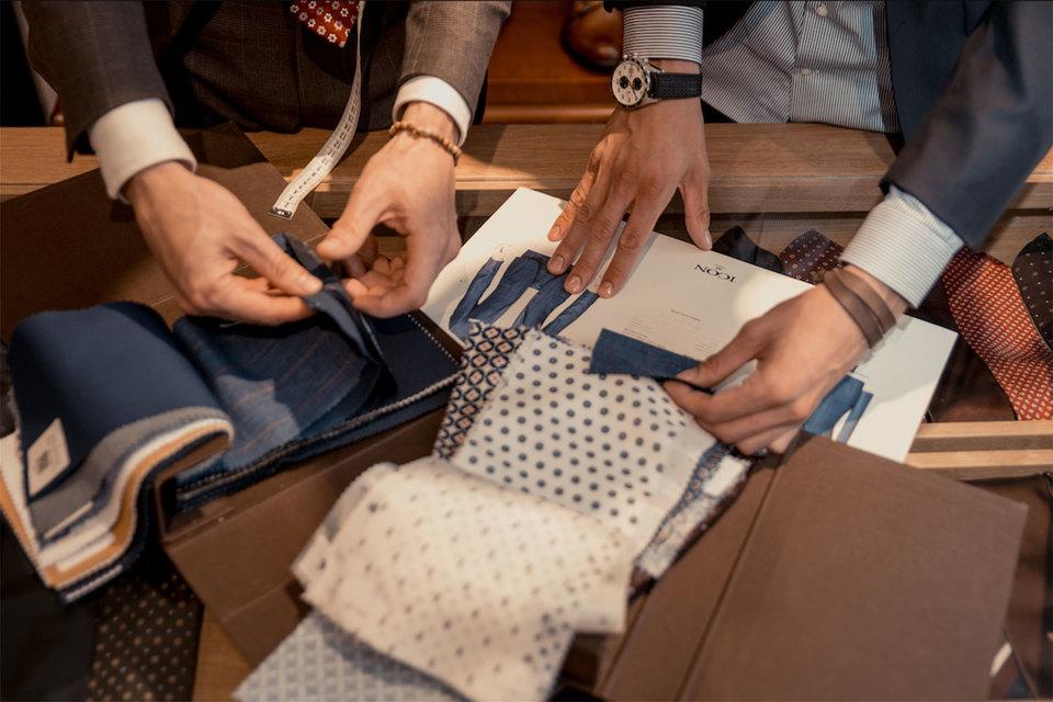 Качественные ткани – один из главных секретов успеха при создании костюма по индивидуальным меркам