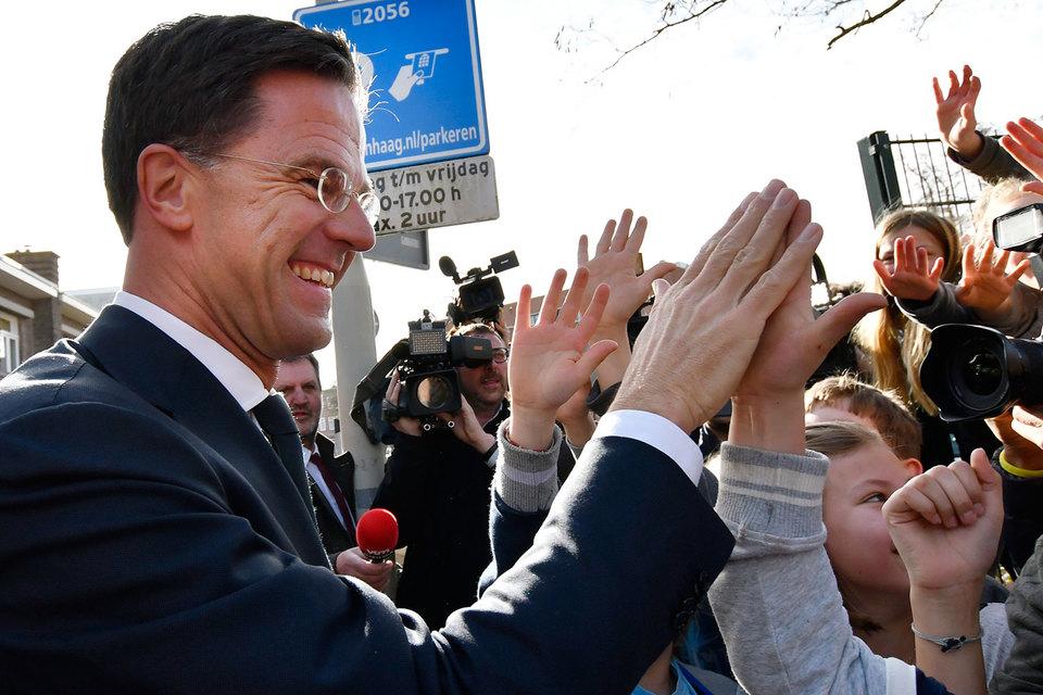На парламентских выборах в Нидерландах лидирует партия нынешнего премьер-министра Марка Рютте
