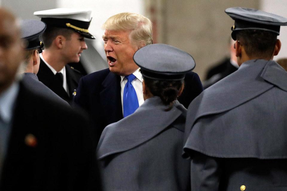 Трамп предложил увеличить расходы на оборону