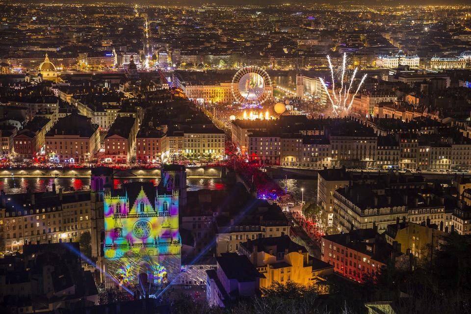 Фестиваль света Fête des Lumières в Лионе
