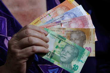 Сильнее всего в этом году выросли курсы южноафриканского ранда (на 9%) и мексиканского песо (на 8,5%)