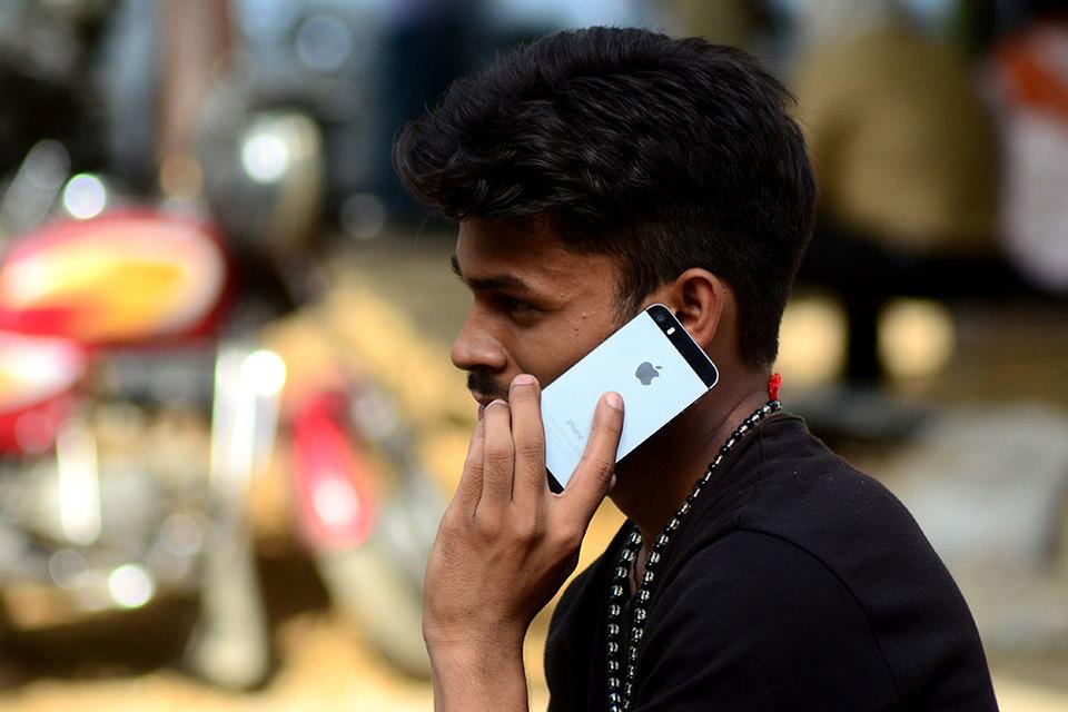 Apple поведала, когда начнет собирать iPhone вИндии